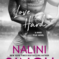 Mini-Review: Nalini Singh's LOVE HARD