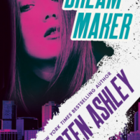 Kristen Ashley's DREAM MAKER